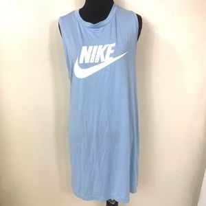 NIKE BLUE AND WHITE GRAPHIC LOGO DRESS SIZE MEDIUM